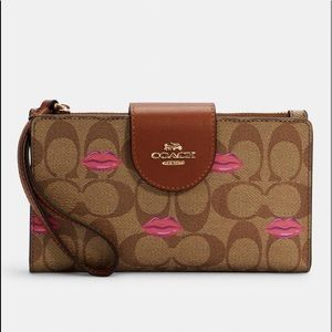 Coach Tech Phone Wallet With Lips Print